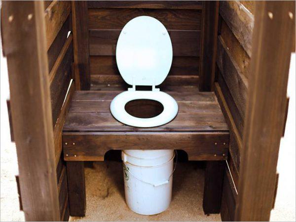 Простейший вариант сухого туалета