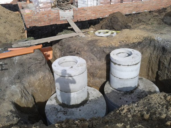 Септическое устройство из бетонных колец