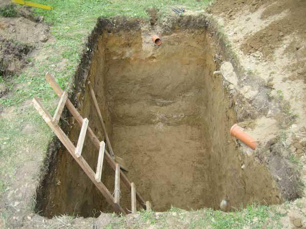 Яма под резервуар автономной канализации