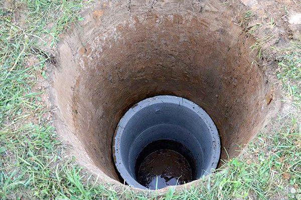Котлован под канализационный колодец