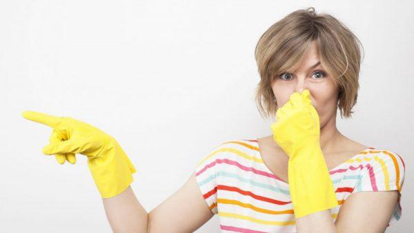 В квартире пахнет канализацией
