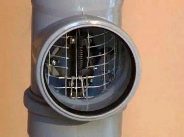 Заглушка, перекрывающая канализацию