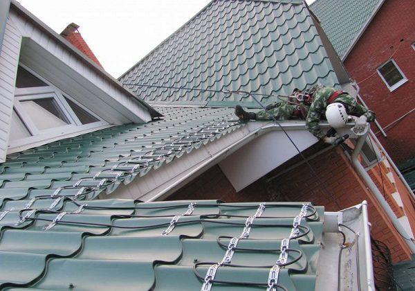 Саморегулирующий кабель в местах теплопотерь здания